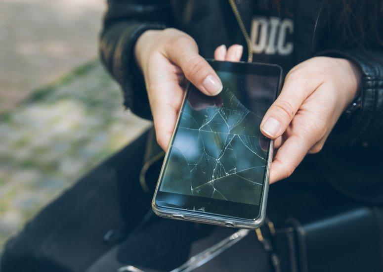 Broken Smartphone? Cracked Screen?