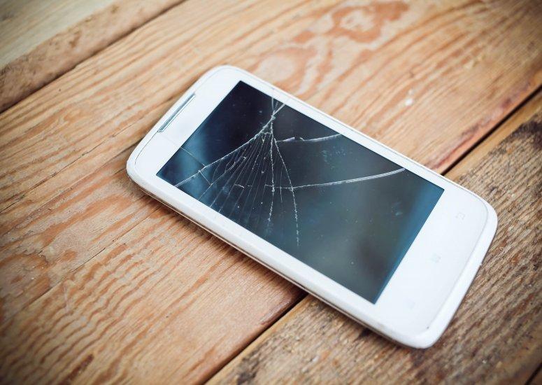 Broken Smartphone? Cracked iPad Screen?