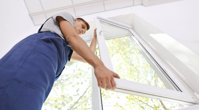 Things to Consider When Selecting Replacement Windows for Your Home image