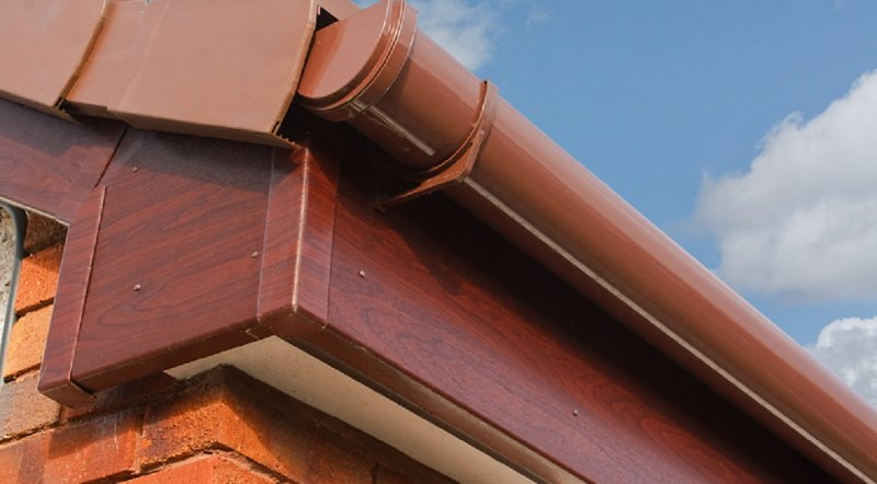 Selecting the Right Gutter Color for Your Home image