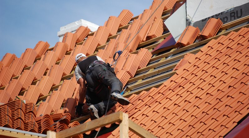 Four Things to Know before Getting Your Roof Replaced image