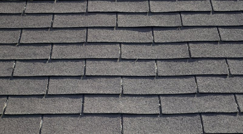 The Major Types of Asphalt Shingles image