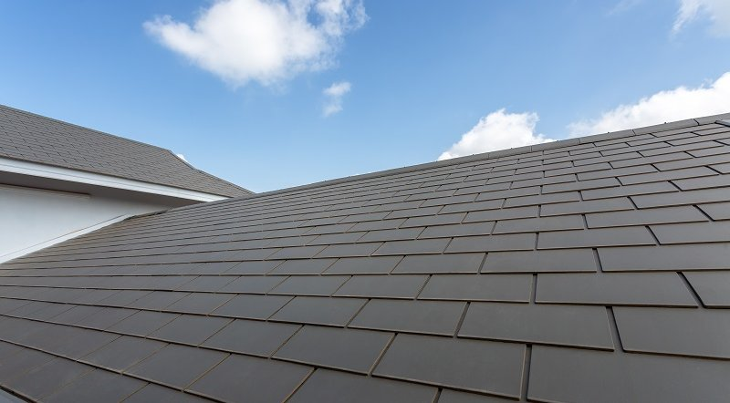 Things to Look for When Hiring a Roofing Contractor image
