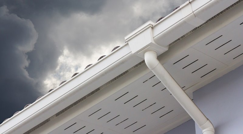 The Advantages of Installing Seamless Gutters for Your Home image