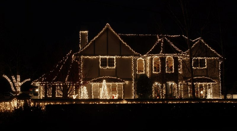 How to Hang Christmas Lights This Holiday Season image