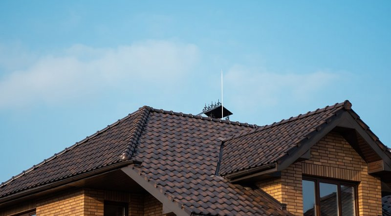 What Style is Your Roof? 7 Common Roof Types image