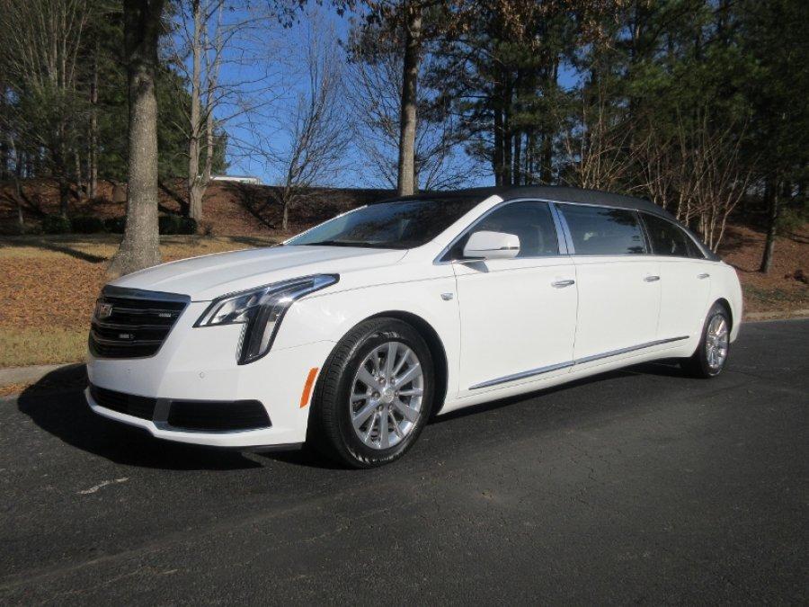 Cadillac Platinum 6 Door White
