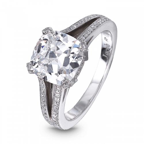 Cushion-Cut Diamond Solitaire