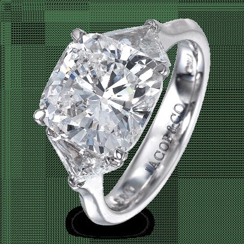 Cushion-Cut Diamond Solitaire