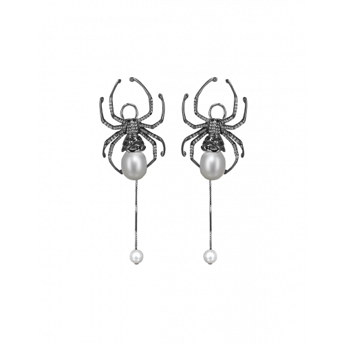 Jacob's Web Earrings with White Pearl Short