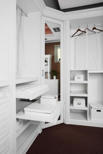 Custom Closets Help Sell a Home
