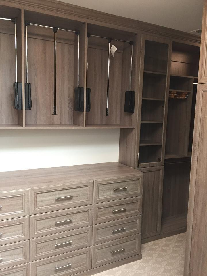 Closet Design Wood Grain Finish
