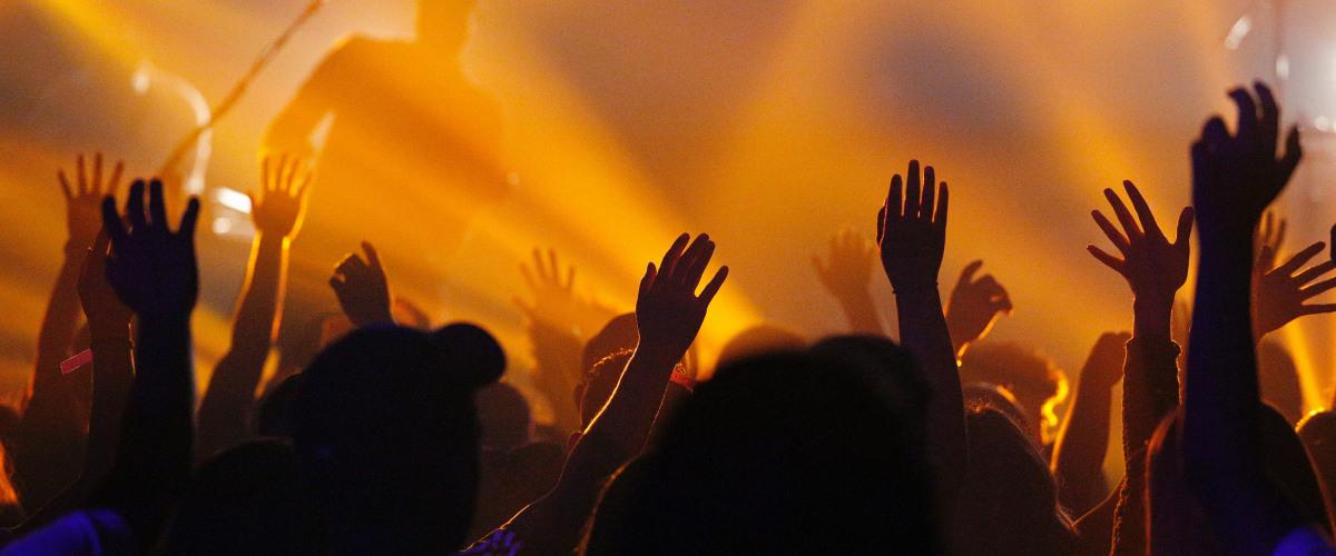 Rock Band Great White Plays Nightclub Despite Restrictions