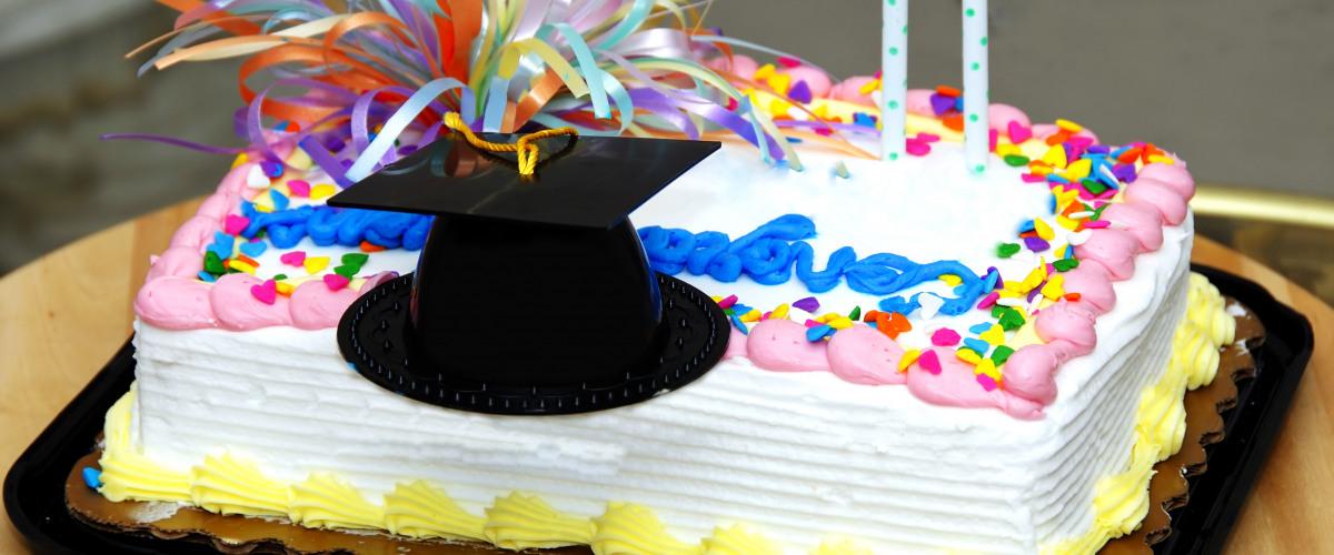 Student's 'Summa Cum Laude' Graduation Cake Censored