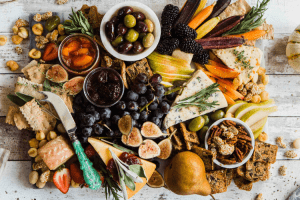 How to Build the Perfect Fall Charcuterie Board