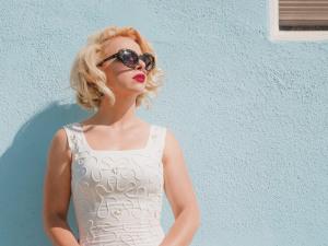 Kinda Killin? It: Samantha Fish Colors Outside  the Box of Traditional Blues, Pop, and Soul