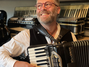 Main Squeeze: Getting to Know the Accordion