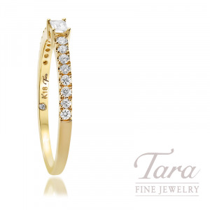18K Yellow Gold Diamond Ring, 1 Baguette Diamond .09CT, 17 Round Diamonds 0.18TDW, 1.6 Grams