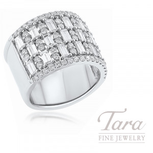 18K White Gold Baguette and Round Diamond Fashion Ring, 13.1G, 1.77TDW Baguette Diamonds,  .90TDW Round Diamonds