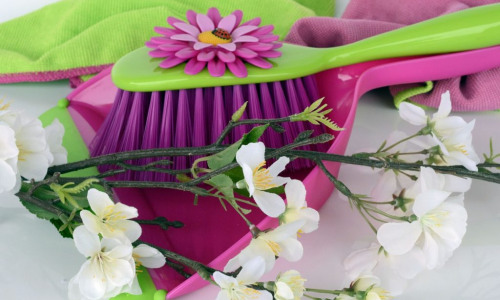 5 Myths About Spring Cleaning