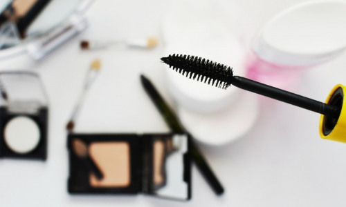 How to Get Rid of Unwanted Makeup Stains