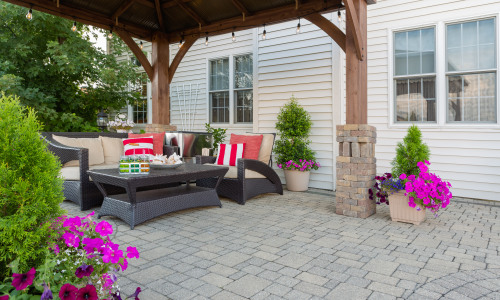 The Pros and Cons of Paver Patios