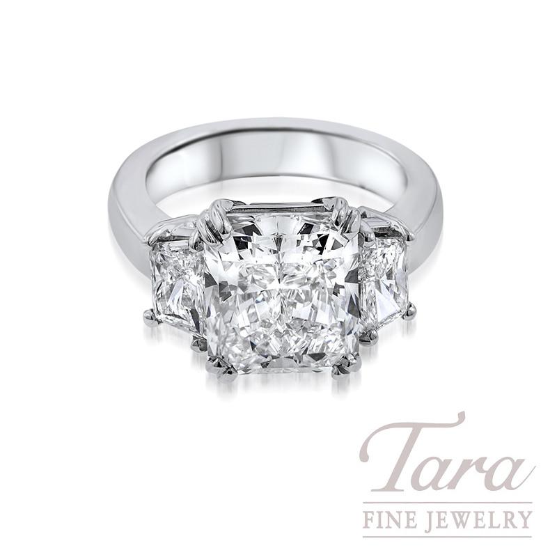 Radiant Cut Diamond Engagement Ring in Platinum, 1.16TDW Trap, 5.79CT Center