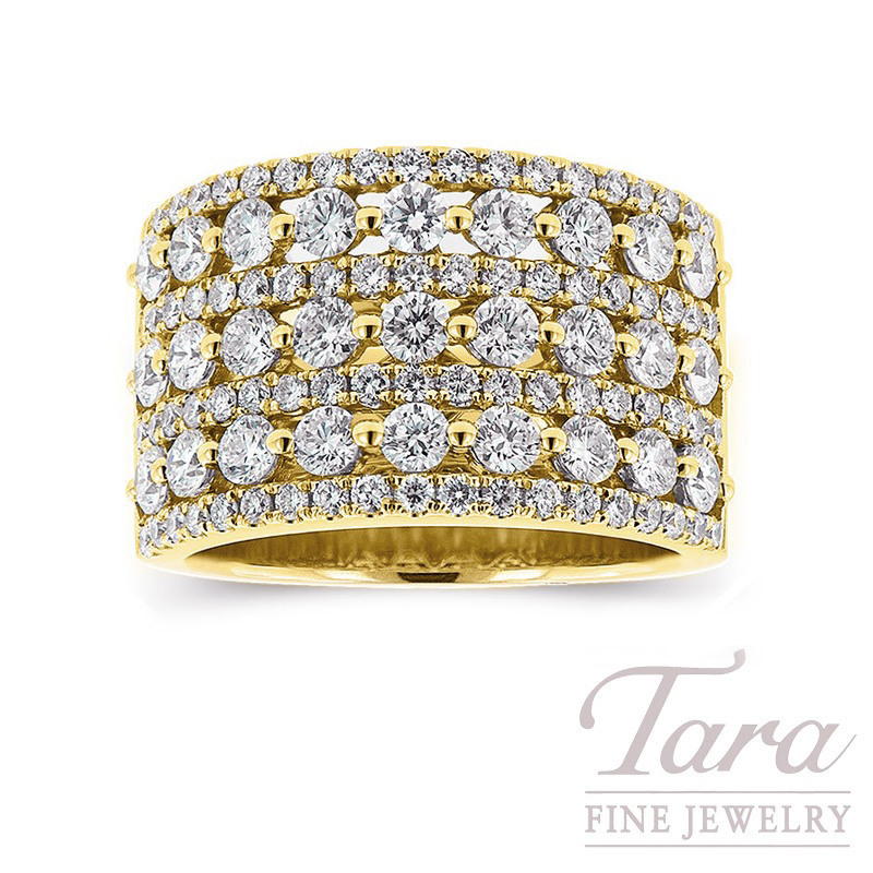 Diamond Ring in 18K Yellow Gold 2.16TDW