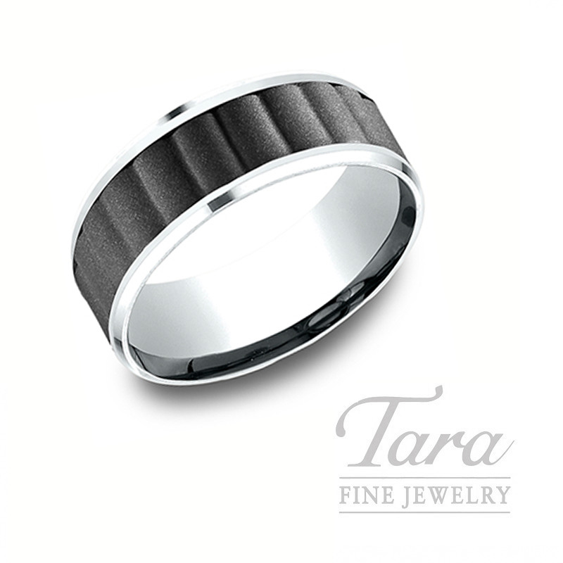 Gentlemen's 18k White Gold and Black Titanium Wedding Band, 10.7G