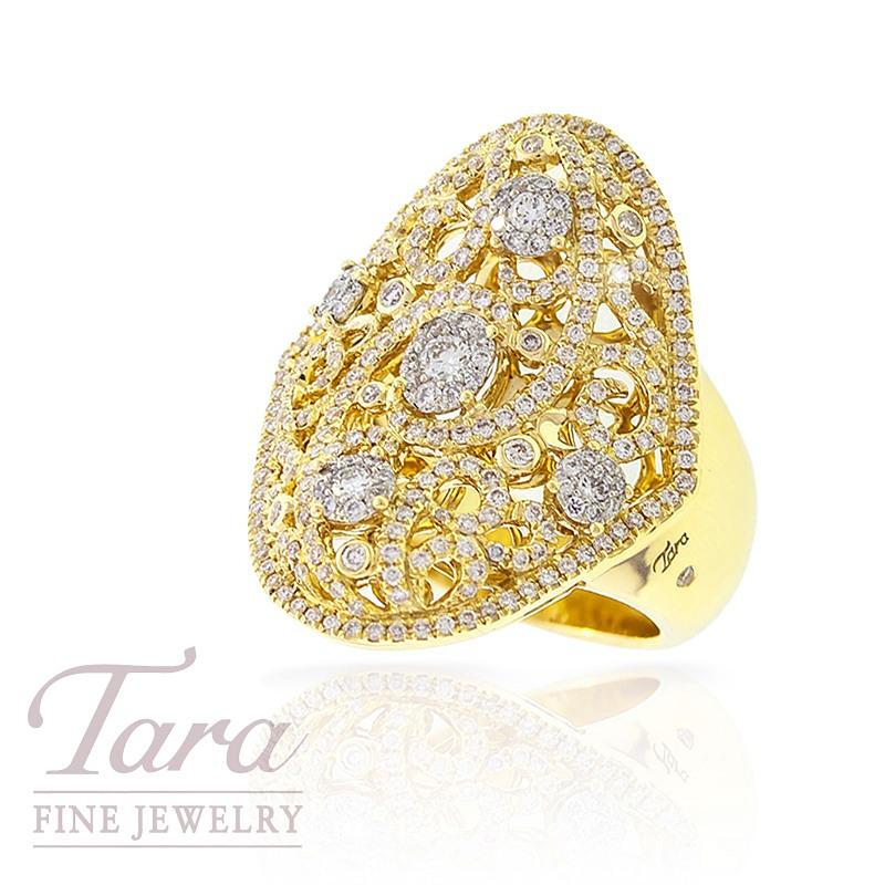 Diamond Ring in 18k Yellow Gold, .94 TDW