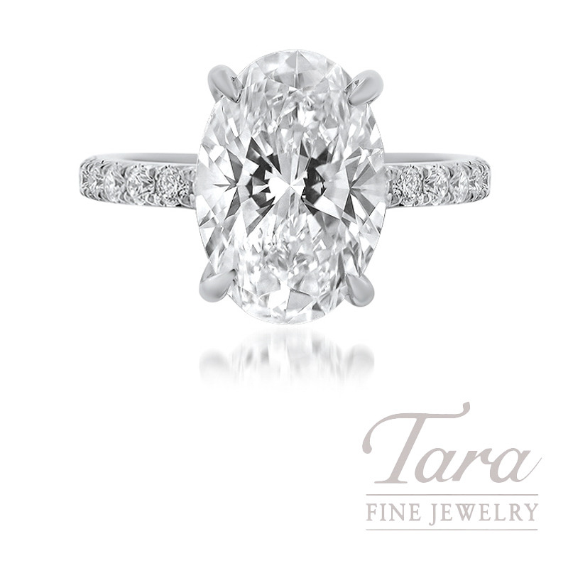 18K White Gold and Platinum Engagement Ring, 40 Round Diamonds 0.38TDW, 3.22CT Oval Diamond H-VVS2