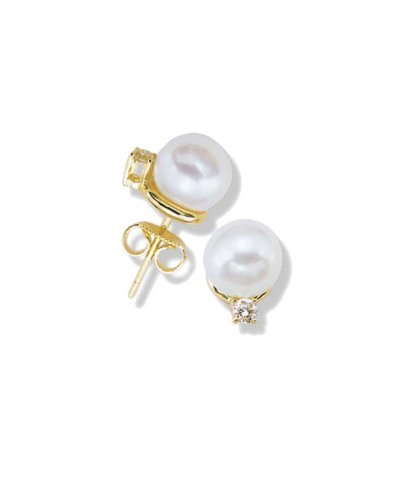 Pearl & Diamonds Earrings in 18K Yellow Gold, 7.5-8.0mm Pearls and .12 CT TDW.