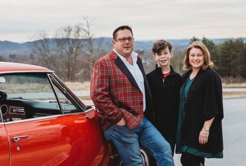 Dan Minninger & Family headshot