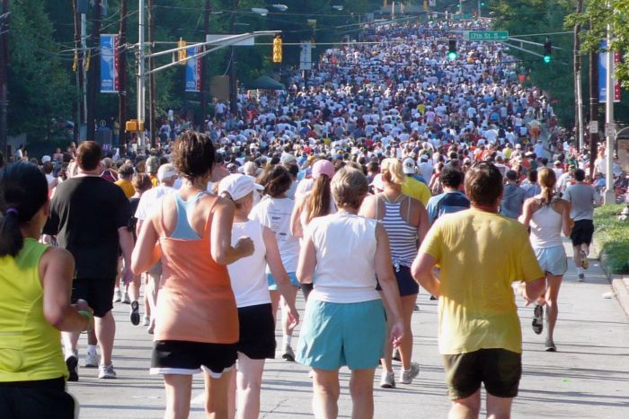 Accomplishing the Peachtree Road Race after dual knee replacement