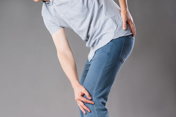 Image for What Causes Joint Pain in the Hips or Knees?
